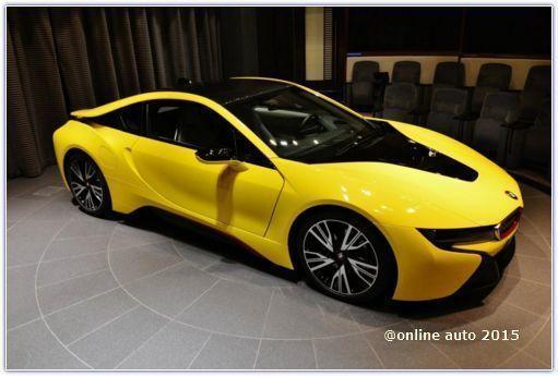 В Абу-Даби BMW i8 раскрасили в яркие цвета