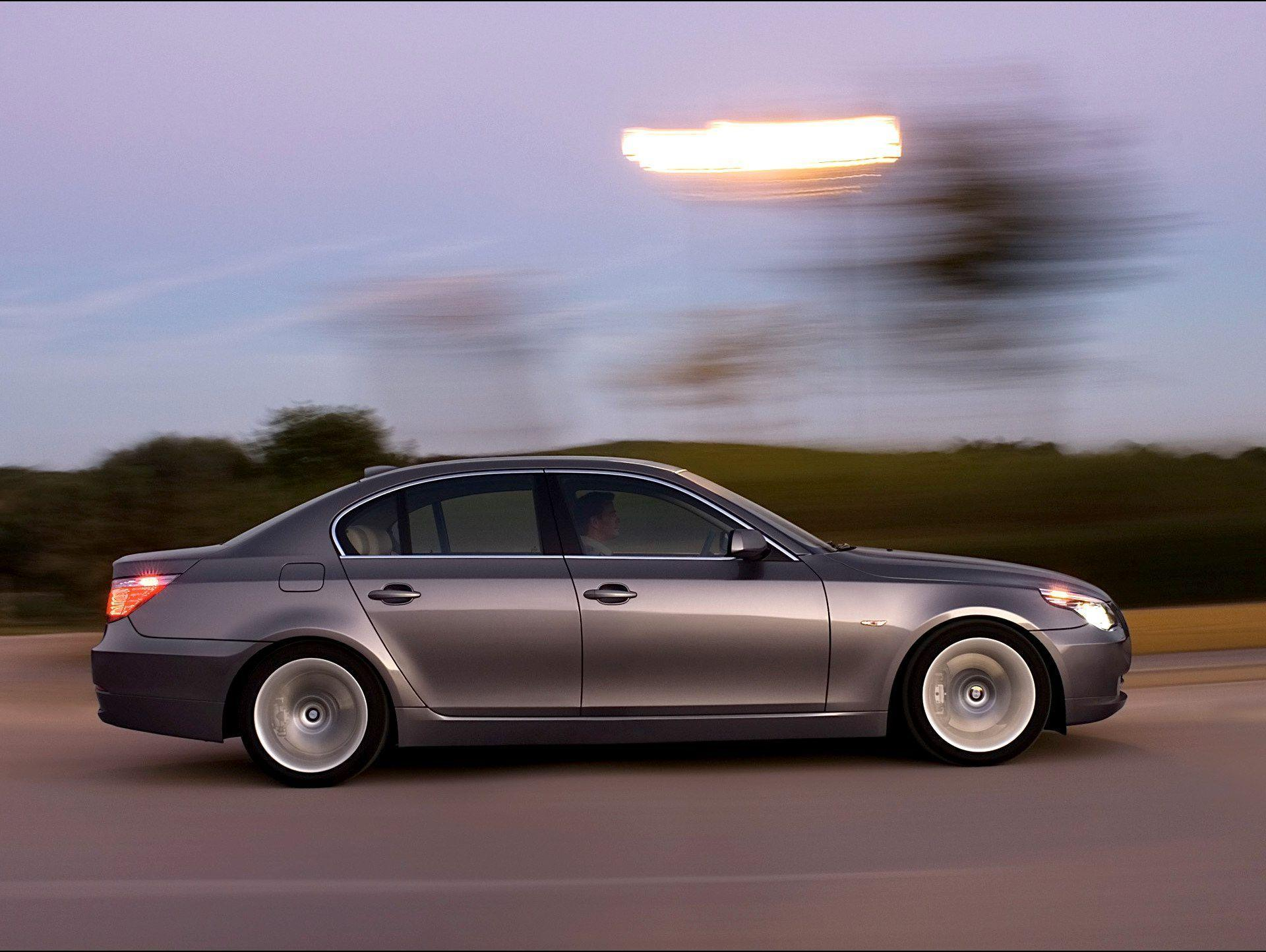 2008 BMW 5 Series Wallpaper 14 - 1920x1440