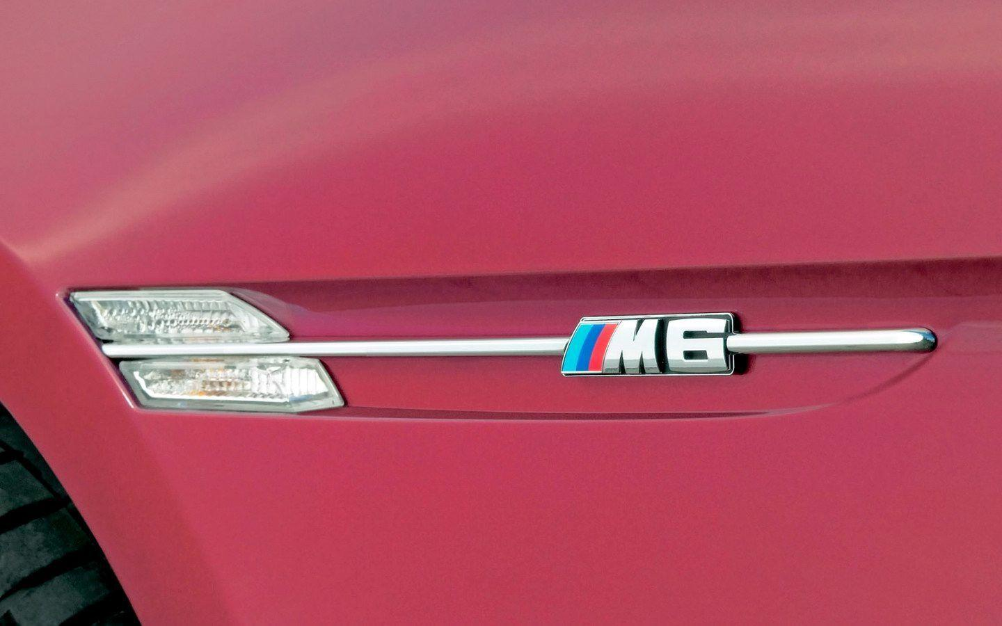 BMW M6 Logo Wallpaper - 1440x900