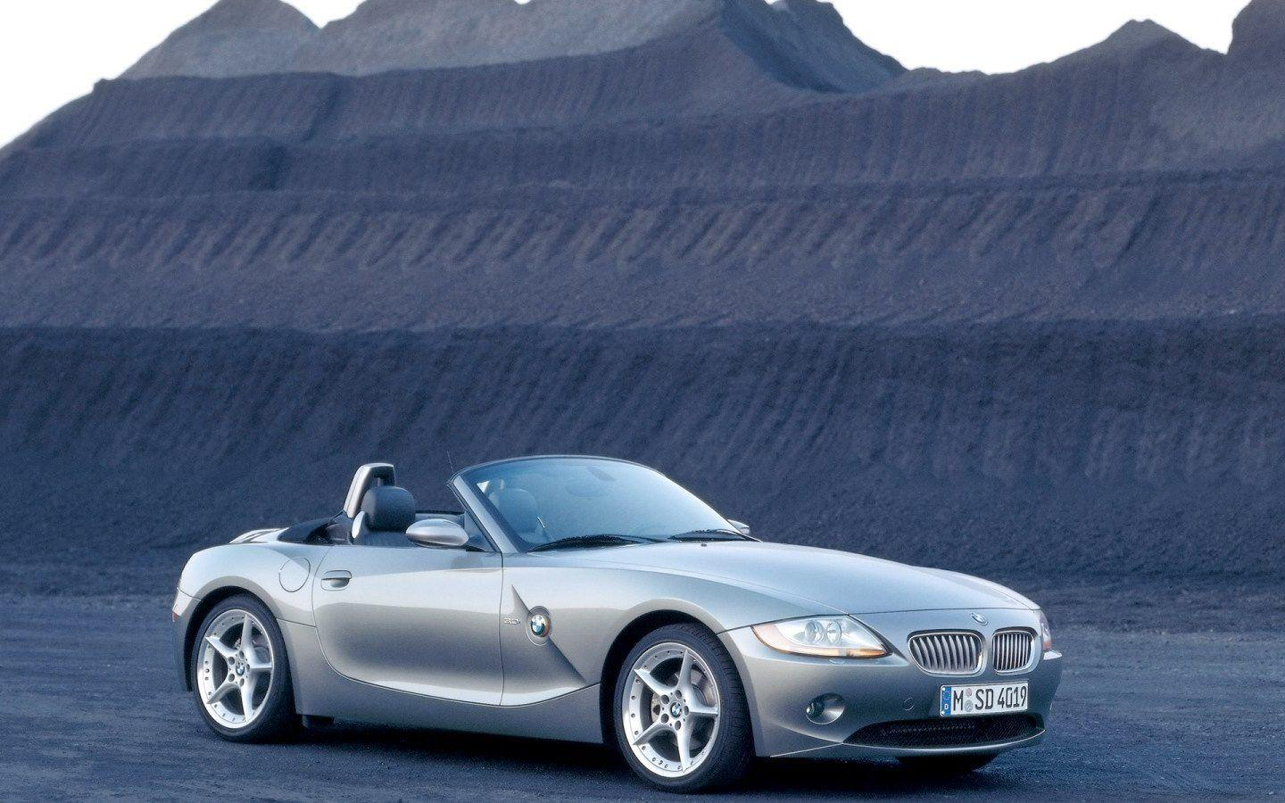 BMW Z4 Roadster Wallpaper 02 - 1440x900