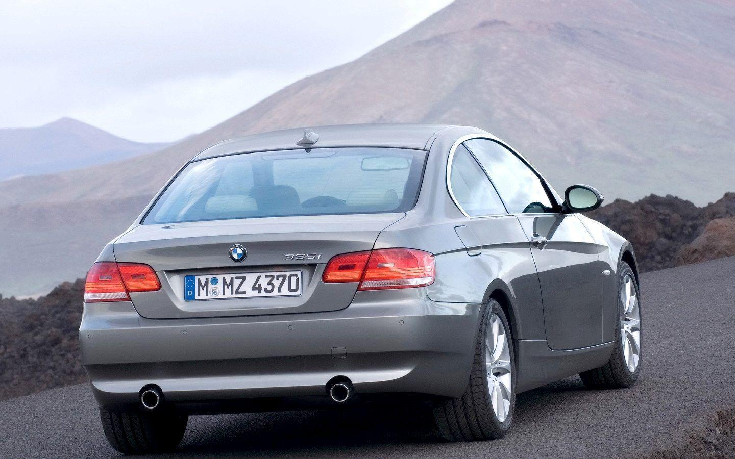 2007 BMW 335i Coupe Wallpaper 02 - 1440x900