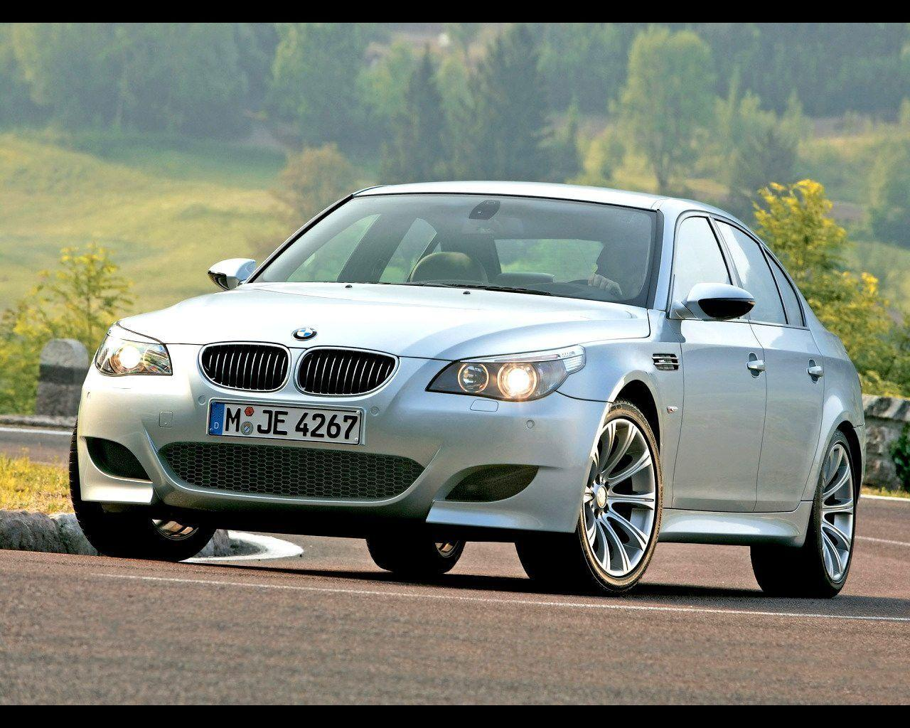 2005 BMW M5 Wallpaper 01 - 1280x1024