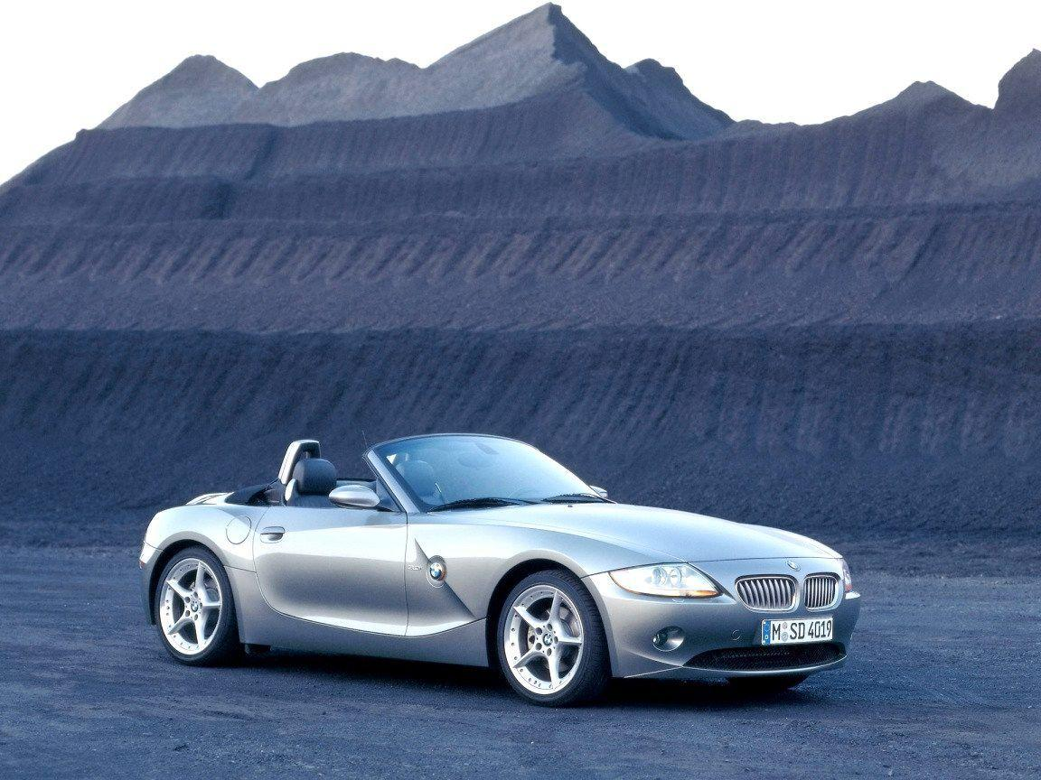 BMW Z4 Roadster Wallpaper 02 - 1152x864