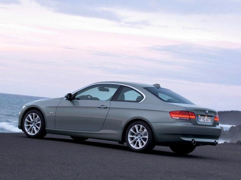 2007 BMW 335i Coupe Wallpaper 10 - 800x600