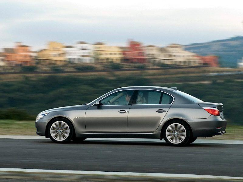 2008 BMW 5 Series Wallpaper 03 - 800x600