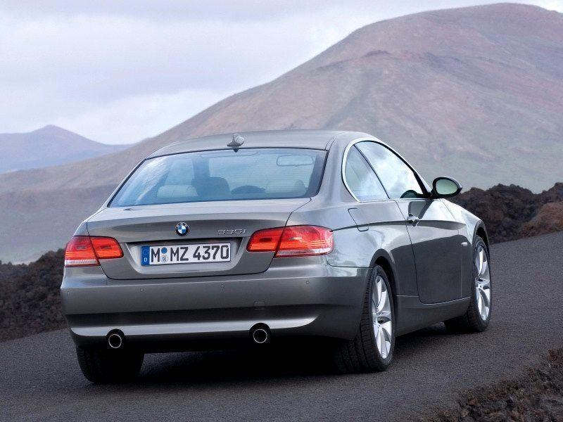 2007 BMW 335i Coupe Wallpaper 02 - 800x600