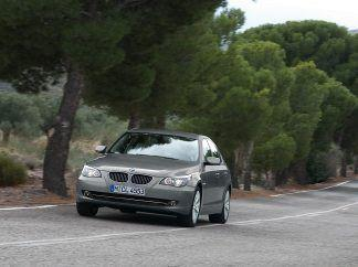 2008 BMW 5 Series Wallpaper 05