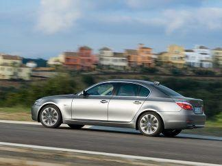 2008 BMW 5 Series Wallpaper 02