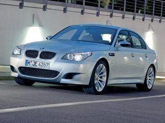 2005 BMW M5 Wallpaper 02